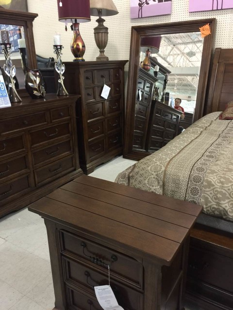 FurnitureMart12.pic