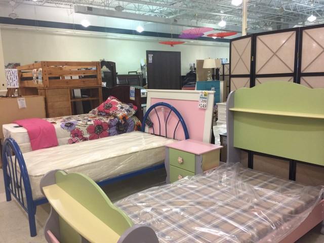 FurnitureMart22.pic