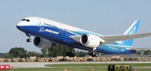 波音787 Dreamliner飞机在美国上空飞出了一个巨大的飞机图案!