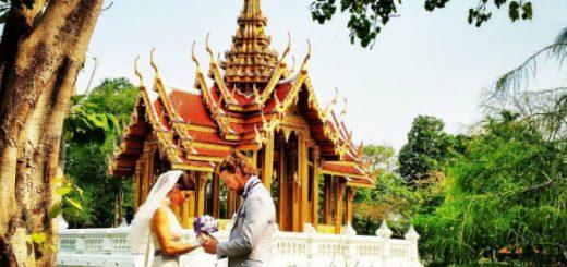 他们在30多个国家结过100多次婚,每一处化繁为简的创意婚礼,都浪漫到窒息….
