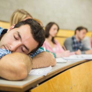 青少年睡懒觉可以为政府每年省90亿美元,这是咋回事?