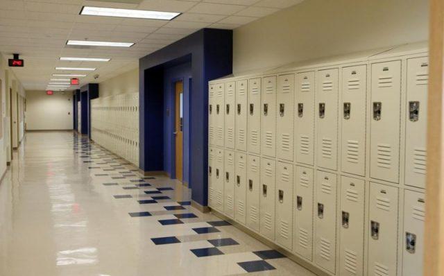 你在高中很受欢迎?成人后也许就惨了