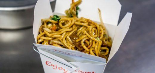 老牌亚城中餐馆发现蟑螂,引来美国网友热议