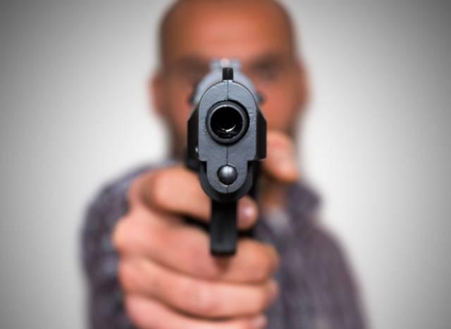 求生必备:如果不幸遇到枪击,你该如何最大程度保护自己?
