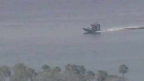 """佛州教练机坠湖3人遗体寻获 两名中国籍""""90后""""学员遇难"""