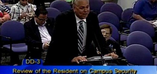 为躲避枪手辩护 佛州高中校警称向当局及时报告就是尽责