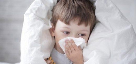 如何判断发烧咳嗽是感冒还是过敏所致?美国家庭常备的感冒药有哪些?