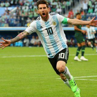 一分钟世界杯| 梅西进球 阿根廷惊天逆转 VAR再现争议