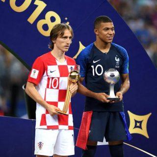 世界杯终极篇|假摔争议点球法国夺冠 放羊娃励志服众获金球