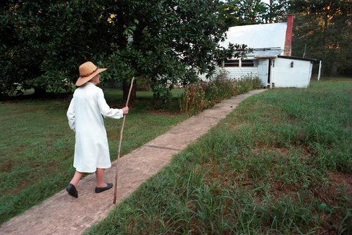 亚城传奇人物 | 影响无数华人妈妈,103岁的她坚持工作