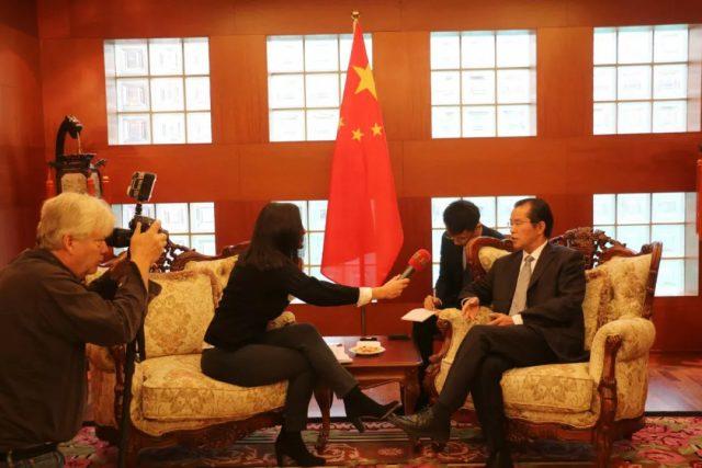 最新 | 亚城民众来围观 中国驻瑞典大使火药味十足