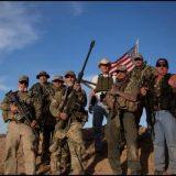 不准来!美国数百民兵自发集结 带武器赶往边境