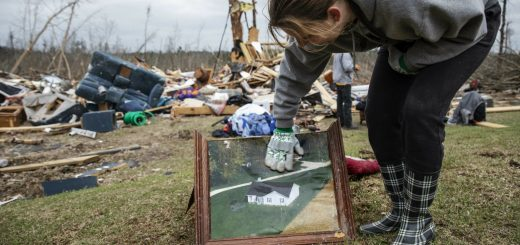 两家匿名公司为阿拉巴马龙卷风死难者 支付全部葬礼费用