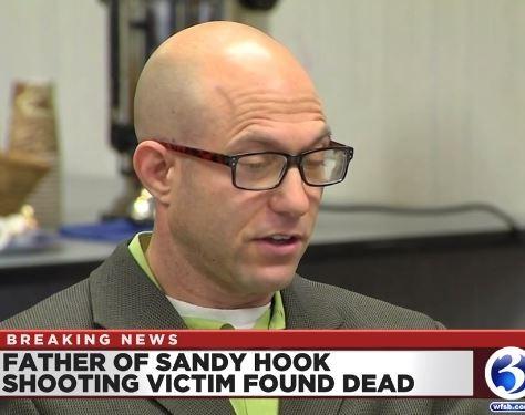 心碎!小学女儿遇袭身亡近7年后 康州父亲选择自杀