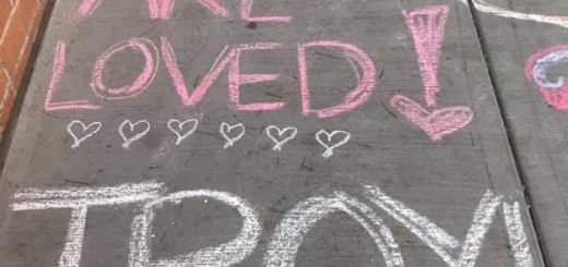 14岁女生跳楼自杀 青少年升学压力再次警醒华裔家长