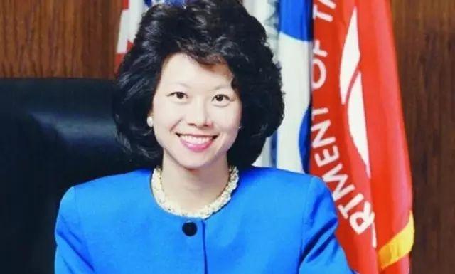 她是哈佛女学霸,叱咤美国政坛30年,全家都如开挂般的存在