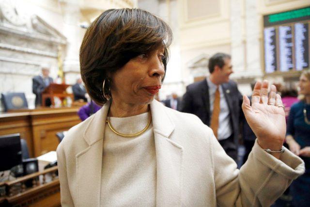 处境艰难 巴尔的摩女市长宣布辞职