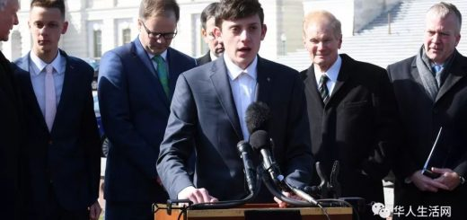 哈佛到手的录取通知书又飞了,这个男孩这两天在美国特火!