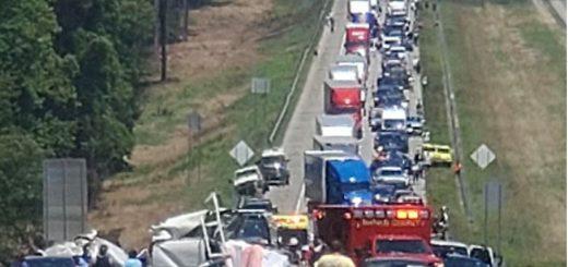 亚城高速 重大交通事故 7人死亡 全部封路