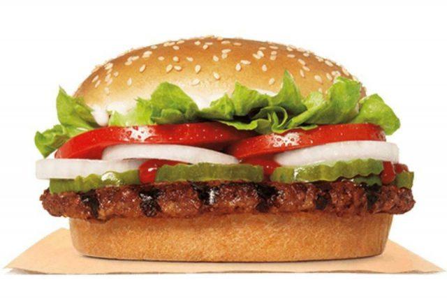 """亚城的你点过外卖吗?28%的外卖员对餐品""""做过手脚"""",你稀罕哪家?"""