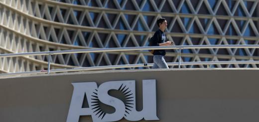9名中国留学生在美被拒入境 海关称可重新申请签证