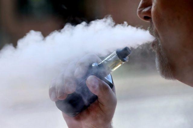 全美电子烟致死病例再添一人!纽约州拟推禁令