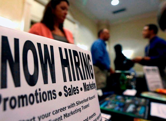 美国9月新增就业13.6万 失业率降至3.5%创50年新低