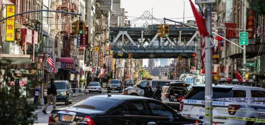 纽约曼哈顿中国城4名流浪汉遇袭身亡 24岁男子被拘