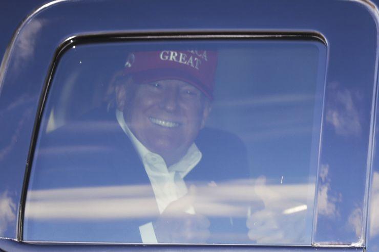民调:超半数共和党人认为特朗普是比林肯更好的总统