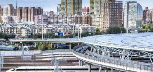 """中美基建对比引爆舆论 """"高铁发达落后""""论惹议"""
