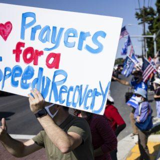 线上祷告会为特朗普总统祷告:我们相信祷告的大能