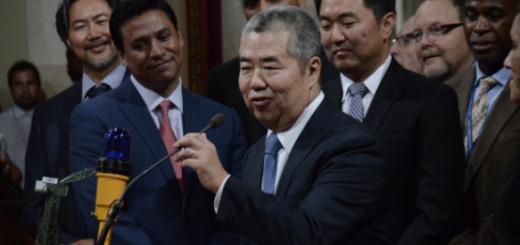 """洛杉矶华裔前市长被起诉,牵线国内房企把洛杉矶市政府""""一锅端"""""""