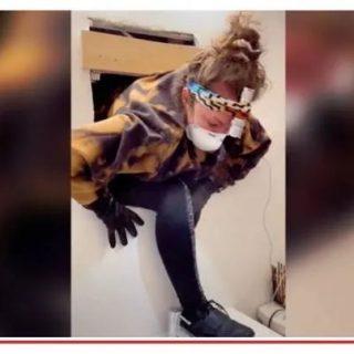 恐怖! 家里莫名阴风阵阵 妹子扒开镜子后吓呆 里面竟藏着一套房! 太诡异了