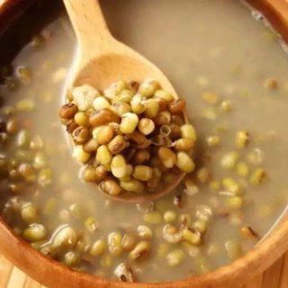绿豆和这些食材一起煮,清热解暑又去湿,连赘肉都悄悄溜走了!