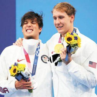 首金!乔治亚大学小伙游泳混合400米夺冠!