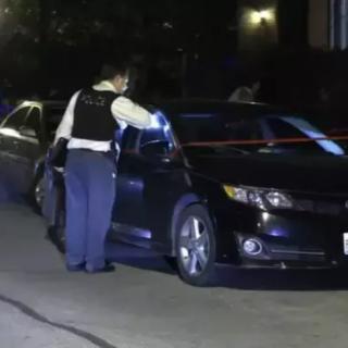 惨剧! 华人外卖员途中遭人跟踪抢劫 当街被开枪射死